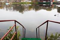 Баня у реки